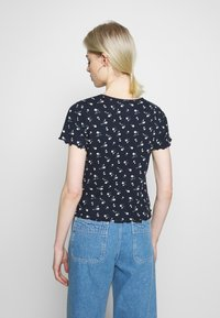 Hollister Co. - LETTUCE BABY TEE - T-shirts med print - navy - 2