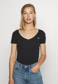 Hollister Co. - ICON MULTI 3 PACK - T-Shirt basic - white/black/light grey - 4