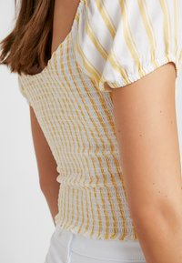 Hollister Co. - SMOCKED BODICE CROP - Blouse - yellow - 6