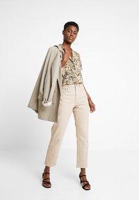 Hollister Co. - SHORT SLEEVE CAMP - Button-down blouse - tan - 1