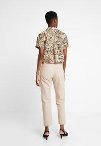 Hollister Co. - SHORT SLEEVE CAMP - Button-down blouse - tan - 2