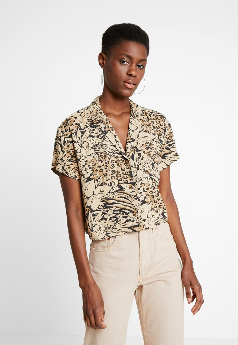 Hollister Co. - SHORT SLEEVE CAMP - Button-down blouse - tan