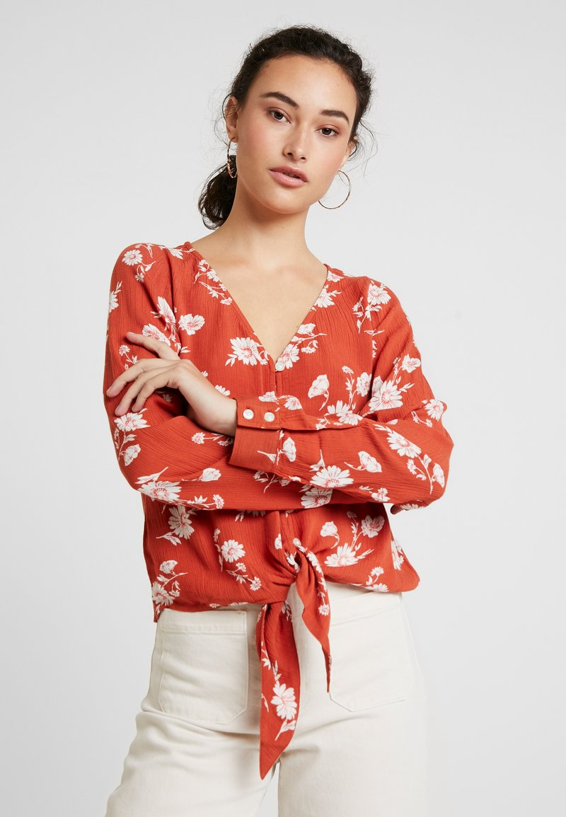 Hollister Co. - LONG SLEEVE BUTTON FRONT BLOUSE - Blouse - rust