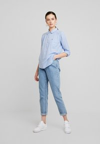 Hollister Co. - LONG SLEEVE POPOVER - Blouse - french blue - 1