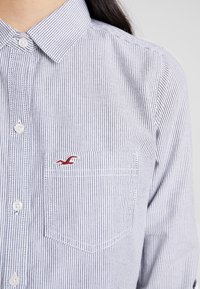 Hollister Co. - LONG SLEEVE BUTTON FRONT - Košile - grey - 6