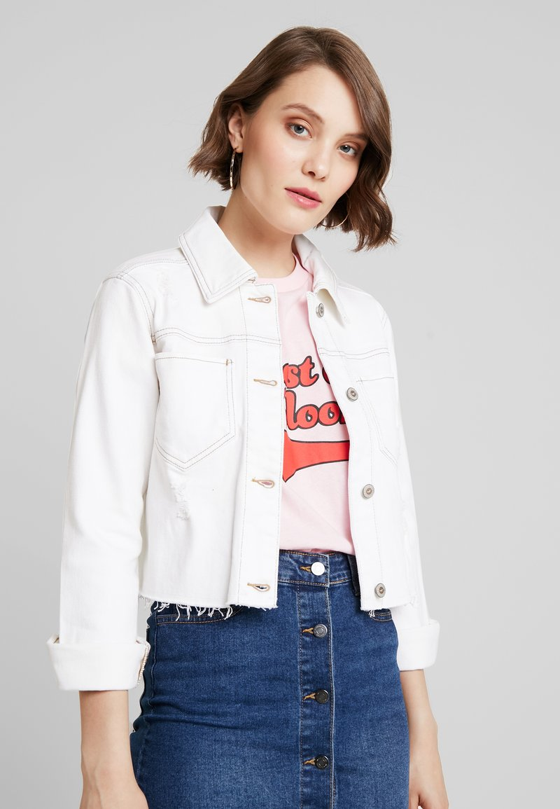Hollister Co. - CROP JACKET - Denim jacket - white