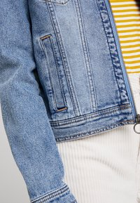 Hollister Co. - CLASSIC JACKET - Spijkerjas - blue denim - 5