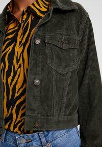 Hollister Co. - CROPPED JACKET - Summer jacket - olive - 4