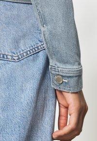 Hollister Co. - CLASSIC JACKET - Denim jacket - medium wash denim - 5