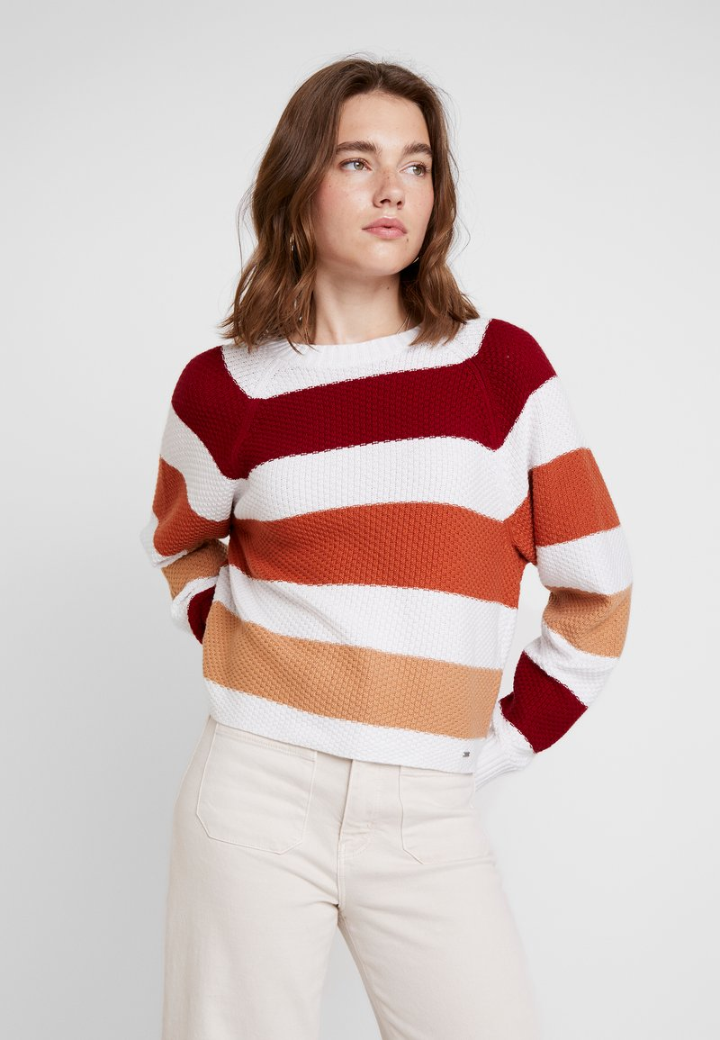 Hollister Co. - RAGLAN - Strickpullover - white/red