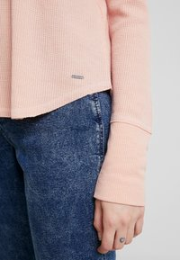 Hollister Co. - LONG SLEEVE EASY - Long sleeved top - canyon rose - 5