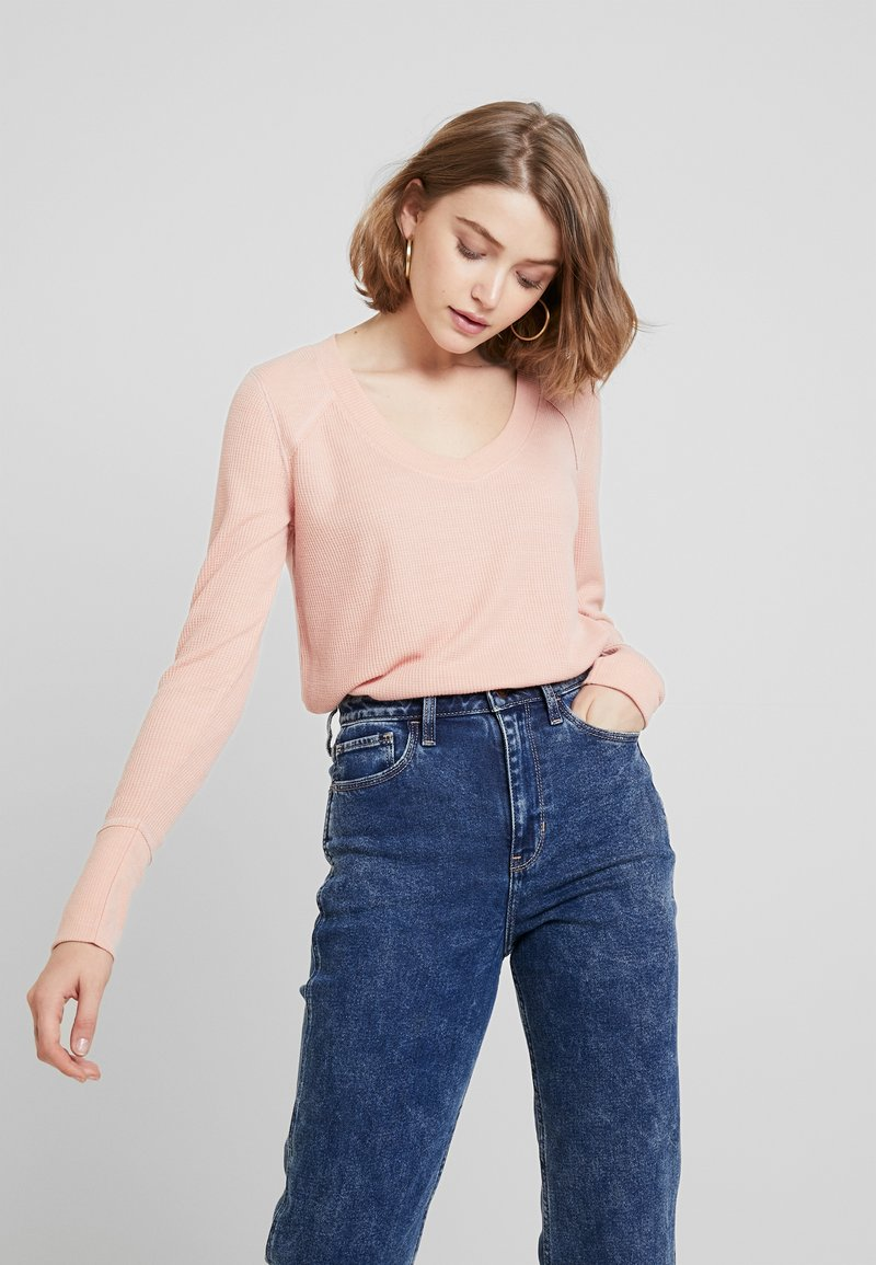Hollister Co. - LONG SLEEVE EASY - Long sleeved top - canyon rose
