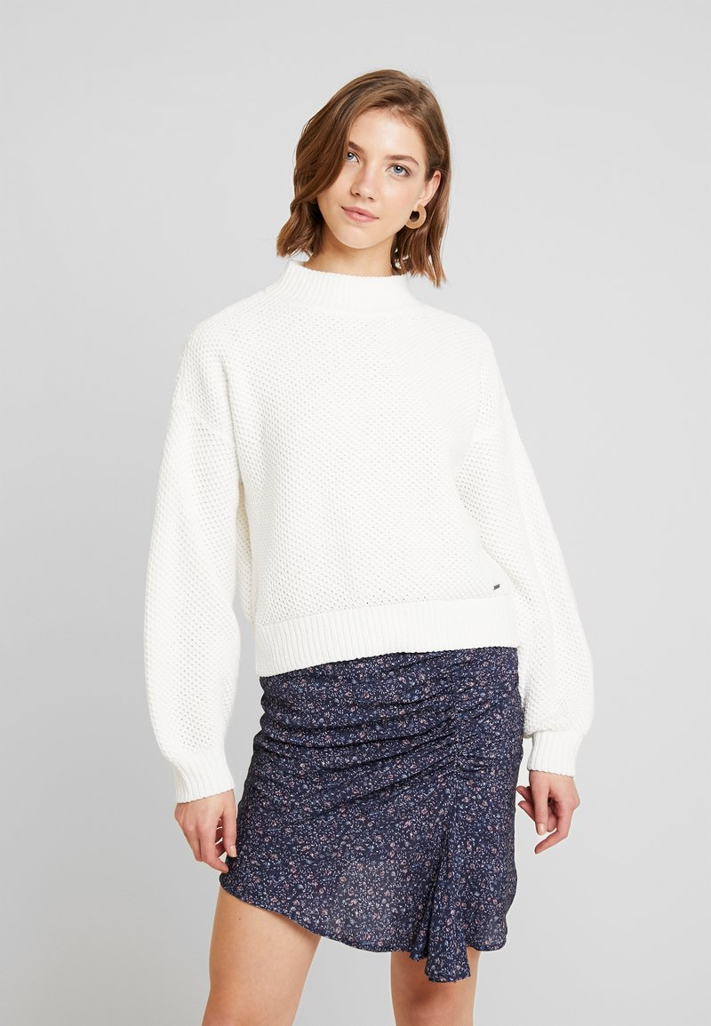 Hollister Co. - MATTE MOCK - Jumper - white