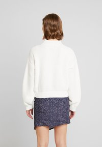 Hollister Co. - MATTE MOCK - Jumper - white - 2