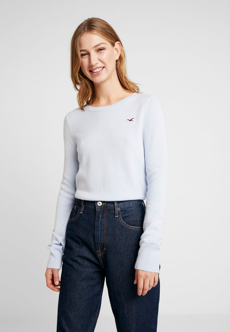 Hollister Co. - ICON CREW - Sweter - light blue