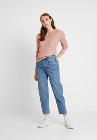 Hollister Co. - CABLE VNECK - Pullover - blush - 1