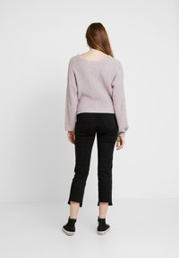 Hollister Co. - MULTI WAY TIE FRONT SWEATER - Pullover - lilac - 2
