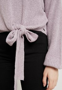 Hollister Co. - MULTI WAY TIE FRONT SWEATER - Pullover - lilac - 5