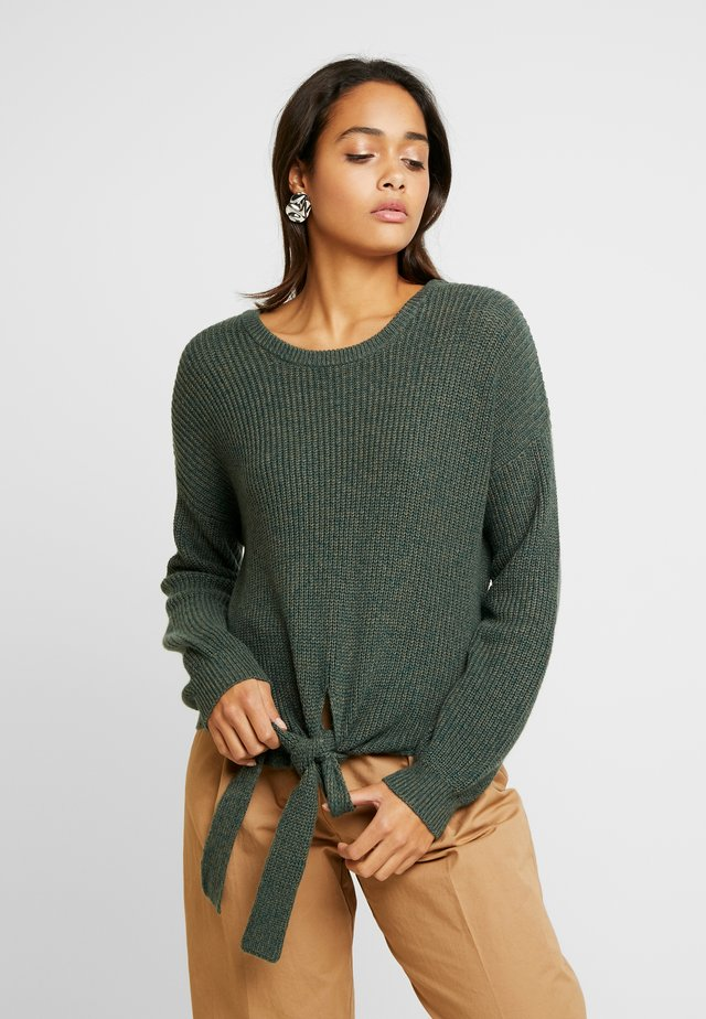 MULTI WAY TIE FRONT SWEATER - Stickad tröja - olive