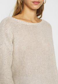 Hollister Co. - TWIST BACK REVERSIBLE - Strikkegenser - tan