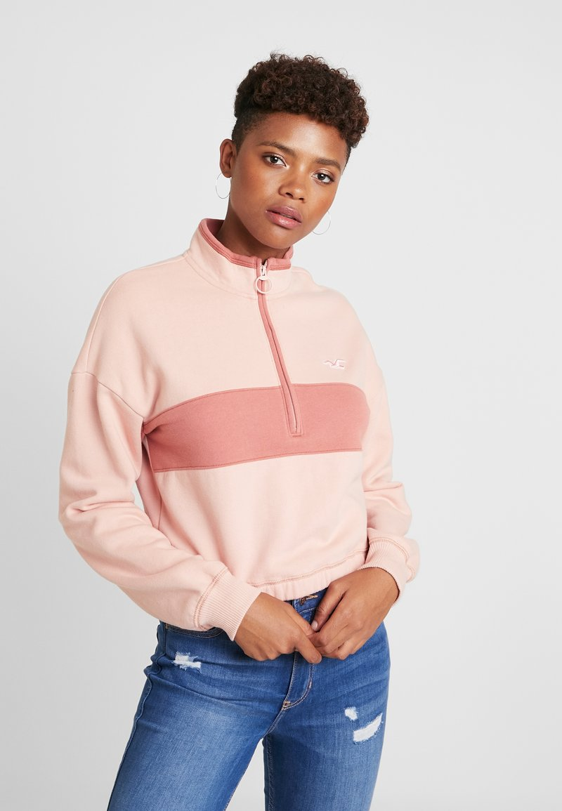 Hollister Co. - ULTRA CROP HALF ZIP - Mikina - pink