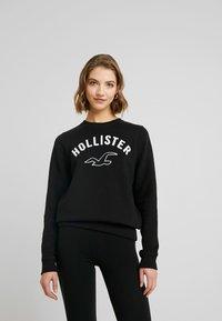 Hollister Co. - TIMELESS CREW - Sudadera - black - 0