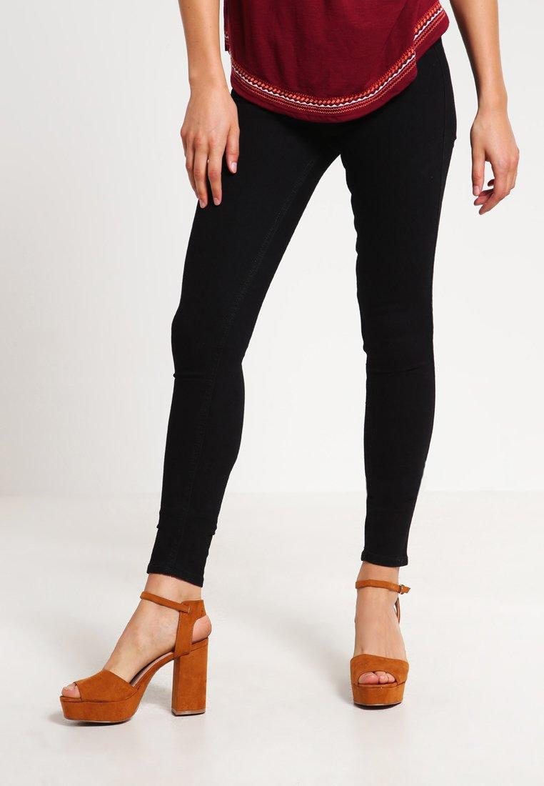 Hollister Co. - LOW RISE BLACK SUPER SKINNY - Jeans Skinny Fit - black
