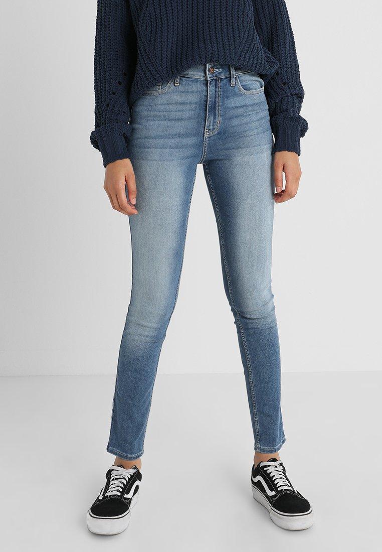 Hollister Co. - HIGH RISE MEDIUM CLEAN SUPER - Jeans Skinny Fit - stone blue denim