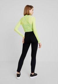 Hollister Co. - HIGH RISE SUPER - Jeans Skinny Fit - black - 2