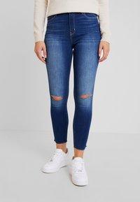 Hollister Co. - HIGH RISE SUPER CROP - Skinny džíny - blue denim - 0