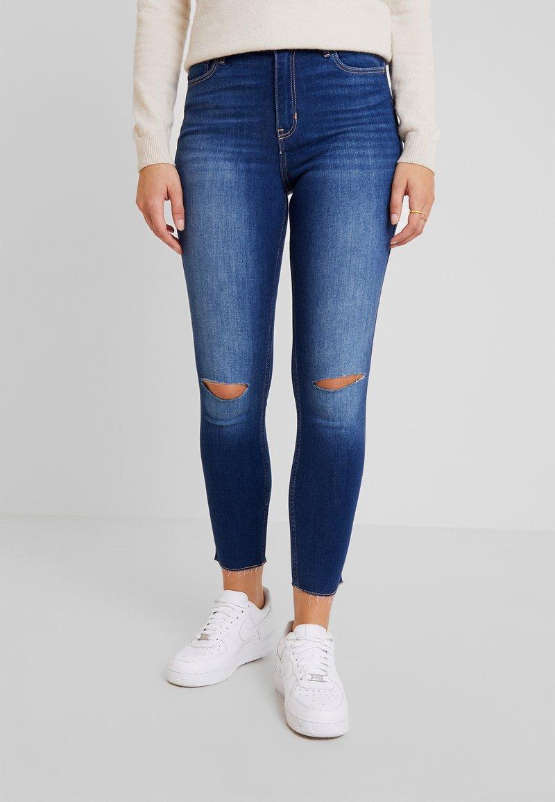 Hollister Co. - HIGH RISE SUPER CROP - Skinny džíny - blue denim