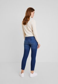 Hollister Co. - HIGH RISE SUPER CROP - Skinny džíny - blue denim - 2