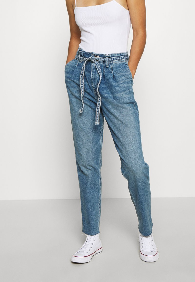 Hollister Co. - CURVY MOM  - Relaxed fit jeans - blue denim
