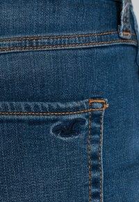 Hollister Co. - ULTRA HIGH RISE DARK DESTROY - Denim shorts - dark destroy - 5