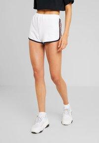 Hollister Co. - Shorts - white - 0