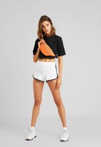 Hollister Co. - Shorts - white - 1