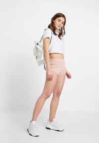 Hollister Co. - Shorts - pink - 1