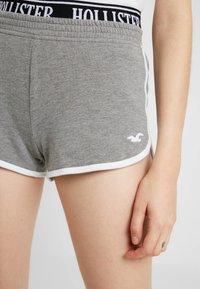 Hollister Co. - Shorts - grey - 4