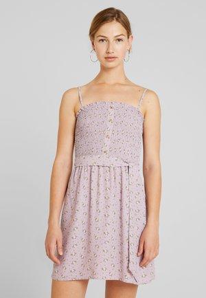 SMOCKED DRESS - Kjole - lavender ditsy