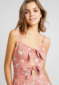 Hollister Co. - TIE FRONT - Mono - light pink/multi-coloured - 5