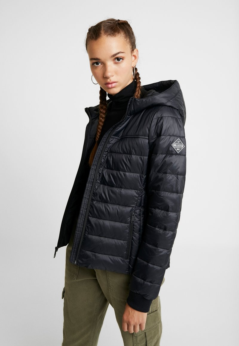 Hollister Co. - LIGHTWEIGHT PUFFER - Vinterjakker - black