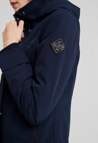 Hollister Co. - ALL WEATHER JACKET - Lett jakke - navy solid - 5