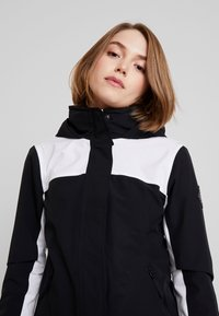 Hollister Co. - ALL WEATHER JACKET - Lett jakke - black/white - 3