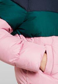 Hollister Co. - FASHION PUFFER JACKET - Lett jakke - pink/sea moss/navy - 4