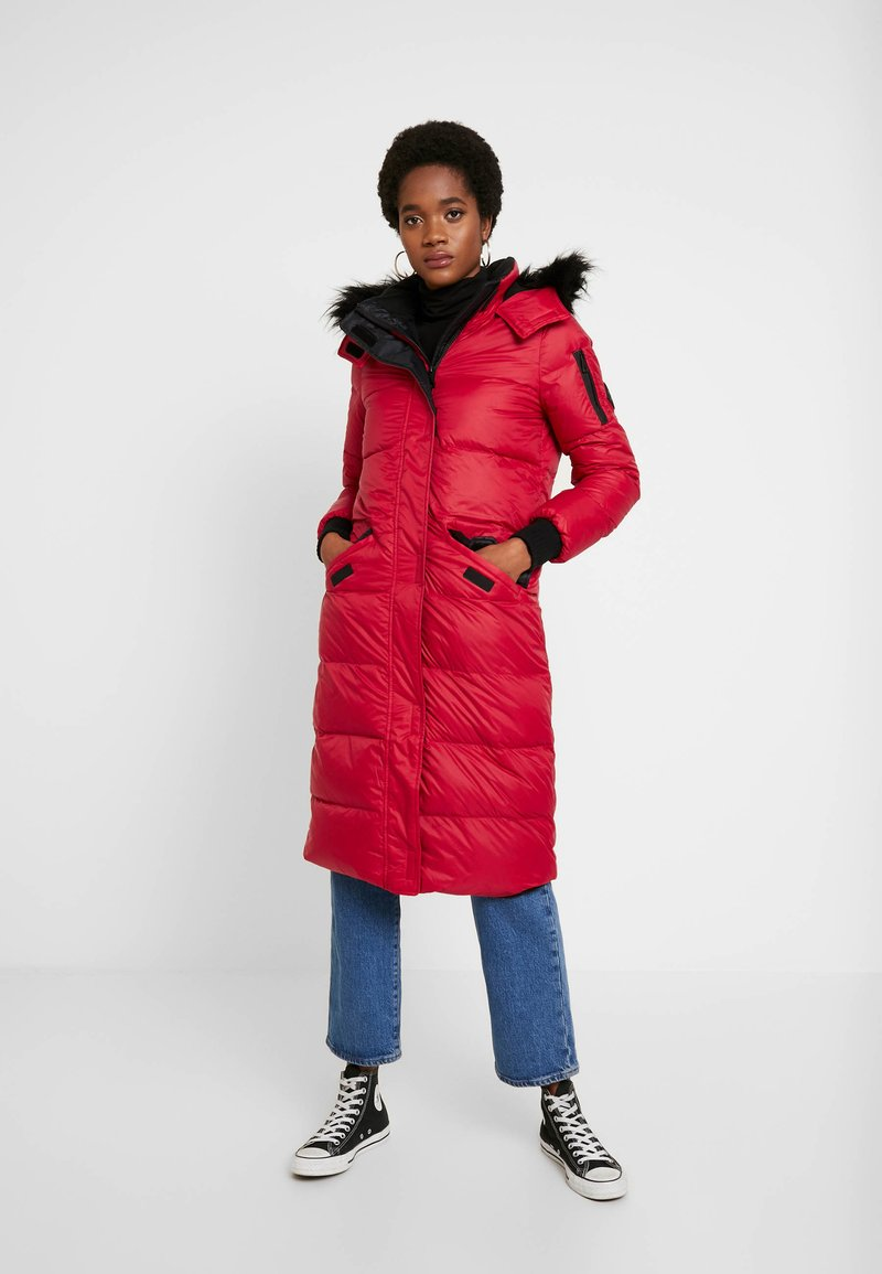 Hollister Co. - LONGLINE PUFFER PARKA - Down coat - red