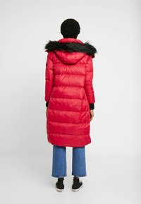 Hollister Co. - LONGLINE PUFFER PARKA - Down coat - red - 2