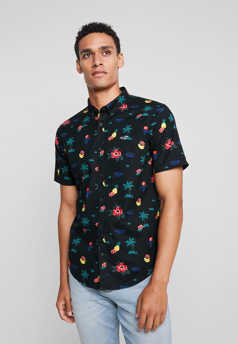 Hollister Co. - SLIM PATTERN - Shirt - black floral
