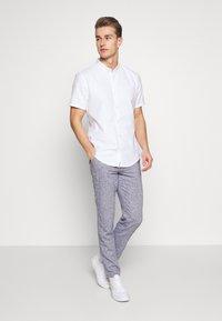 Hollister Co. - SOLID - Skjorta -  white - 1