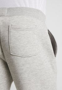 Hollister Co. - JOGGER - Tracksuit bottoms - light heather grey - 5