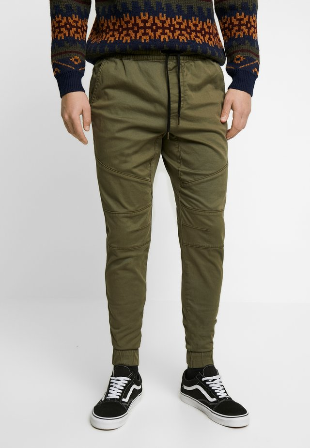 JOGGER  - Pantalones deportivos - olive